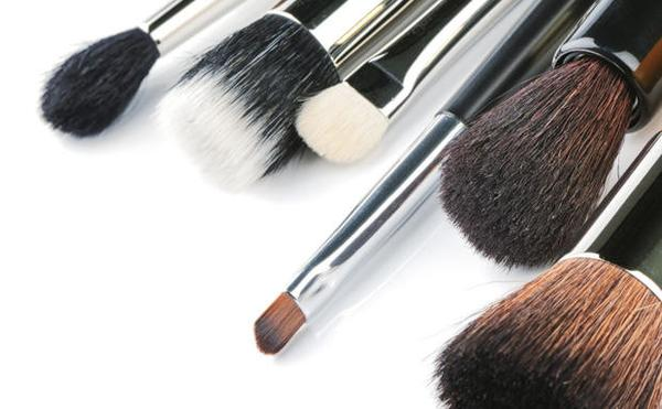 A Makeup Artists' Tools of the Trade